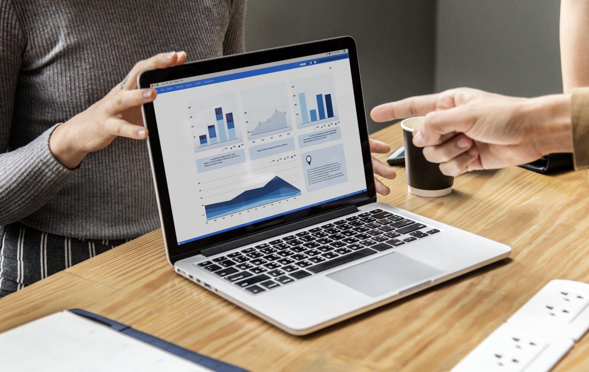 Maîtriser LinkedIn Ads pour générer des leads qualifiés et les convertir en prospects